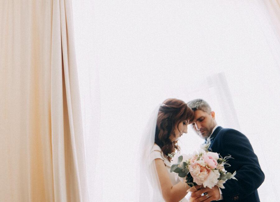 Валентин і Олена: ранок молодят. Атлант розправив плечі